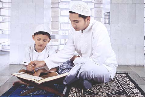 Tutor Quran Teaching to Student